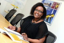ETI sponsored IDCORE Research Engineer Inès Tunga presents 'UK offshore wind cost optimisation: top head mass'